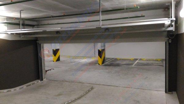 Секционные противопожарные ворота FireTechnics-S EI60 без двери и люка